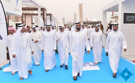 Mohammed bin Rashid, Hamdan bin Mohammed tour Dubai International Boat Show. (www.sheikhmohammed.co.ae)