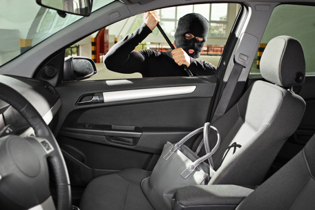 Car Windows Smashed, Bags Stolen