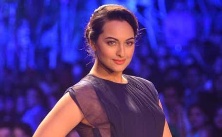 Indian actress Sonakshi Sinha opens the Lakme Fashion Week for designer Manish Malhotra. (SANSKRITI MEDIA AND ENTERTAINMENT)