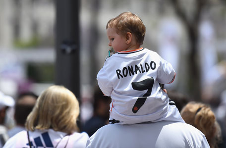 A young Real Madrid in the city prior to the UEFA Champions League Final between Real Madrid and Atletico Madrid at Estadio da Luz on May 24, 2014 in Lisbon, Portugal. (GETTY)