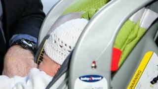 الصورة: Police find baby dead in vehicle during traffic stop