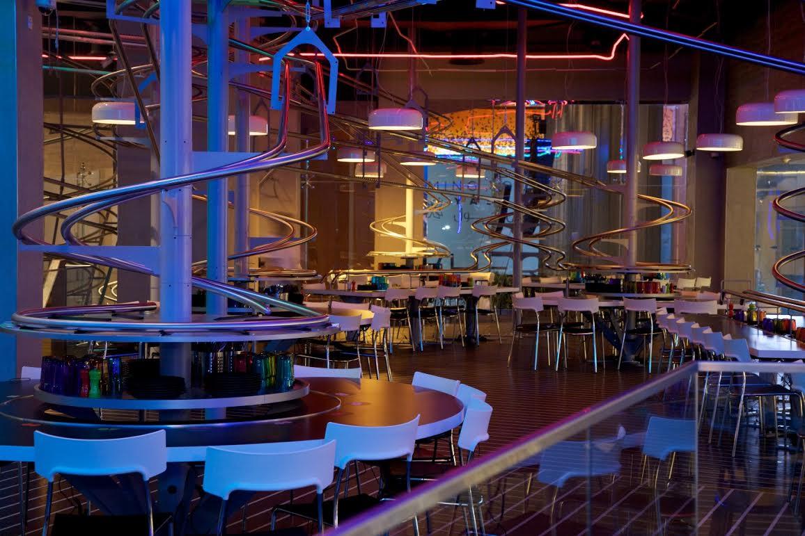 uae 39 s new rollercoaster restaurant serves food that loops spirals spins emirates 24 7. Black Bedroom Furniture Sets. Home Design Ideas