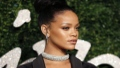 Photo: Rihanna raises money for breast cancer