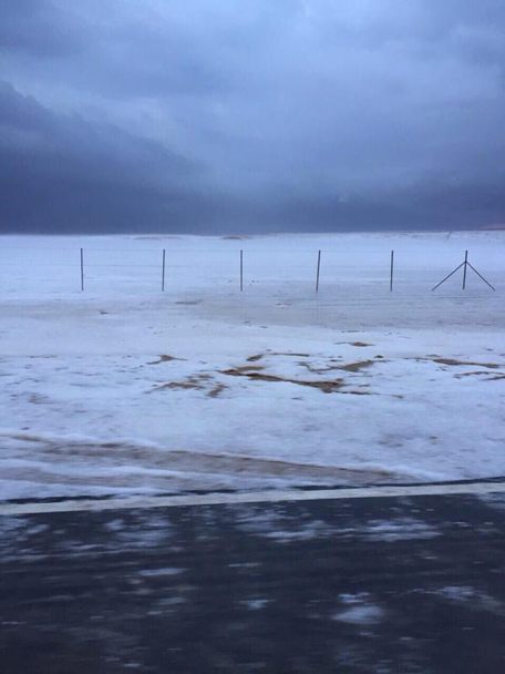 A hail storm was experienced by commuters driving down the highway between Abu Dhabi and Dubai. (Ali M @ Twitter)