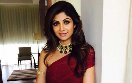 d54fe78537904 Shilpa Shetty honours nine women achievers of Dubai - Emirates24|7
