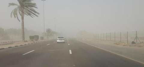 Sand blew strongly across the UAE for the second day, today. (Pic: Twitter @ShahadBalan)