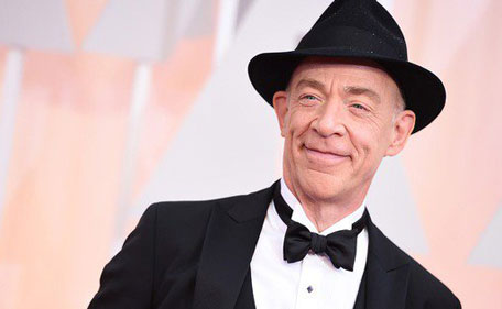 J.K. Simmons  wins Oscar for beast supporting actor for 'Whiplash'.