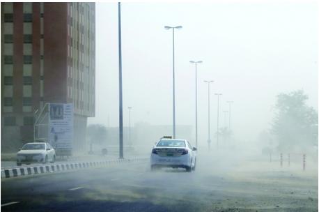 Rain in Ras Al Khaimah. (Al Bayan)