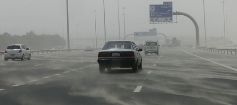 Sand blowing across Dubai roads. (Erik Arazas)