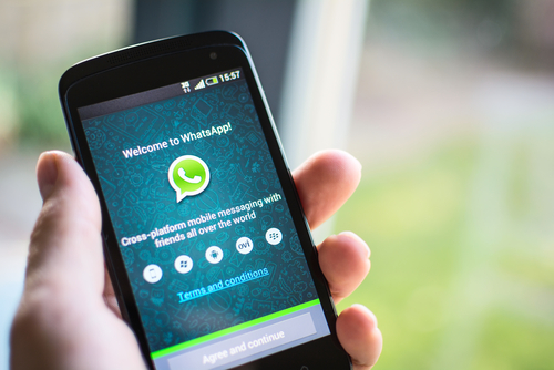 Woman received Whatsapp message after she returned to her home following a fight with the husband. (Shutterstock)