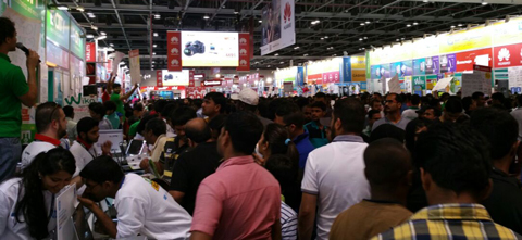 Shopper crowds now choc-a-bloc as Gitex winds down. (Meesha Kapoor)