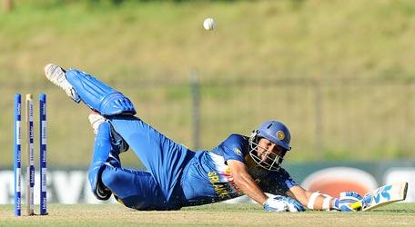 Sri Lankan cricketer Tillakaratne Dilshan run out during the fifth and final one day international (ODI) cricket match between Sri Lanka and Pakistan at the Suriyawewa Mahinda Rajapakse International Cricket Stadium in the southern district of Hambantota on July 26, 2015. AFP