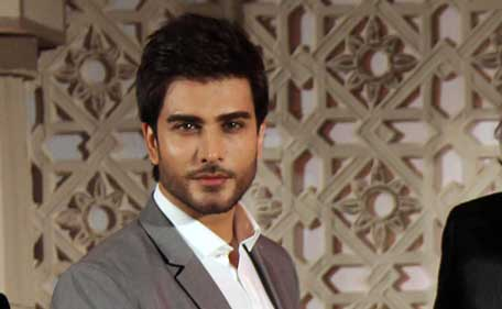 Pakistani actor Imran Abbas poses during the music launch of his forthcoming Hindi film 'Jaanisaar' directed by Muzaffar Ali and Produced by Meera Ali in Mumbai late July 23, 2015. (AFP)