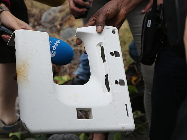 IF a wing fragment found in the western Indian Ocean turns out to be part of missing Malaysia Airlines Flight 370, experts say, there are probably other pieces of the aircraft that floated off rather than sinking to the bottom of the ocean. (AFP)