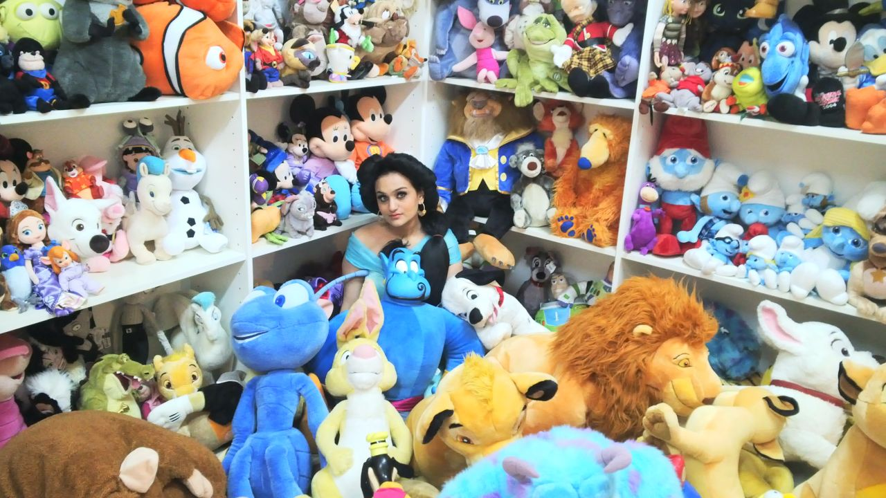 Meet Uae Girl With 900 Plush Toys And She Wants More
