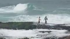 Photo: NCM warns of rough seas and waves in Arabian Gulf