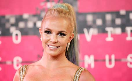 Singer Britney Spears arrives at the 2015 MTV Video Music Awards in Los Angeles, California, August 30, 2015. (Reuters)