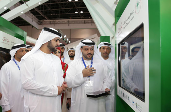 Sheikh Maktoum bin Mohammed bin Rashid Al Maktoum tours Cityscape Global 2015 after inaugurating the exhibition at the Dubai World Trade Centre (Wam)