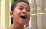 Photo: Filipino child sings her way out of slums to stardom