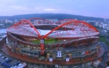 Photo: Video: Emirates takes the field at Benfica... Safety scores