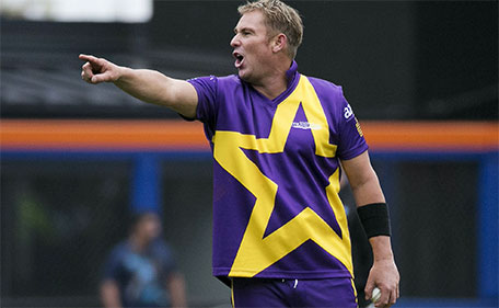 Shane Warne captains his team during a Cricket All-Star exhibition match at Citi Field in New York, November 7, 2015. The event was the first of three games to be played for the first time in American baseball parks. (Reuters)