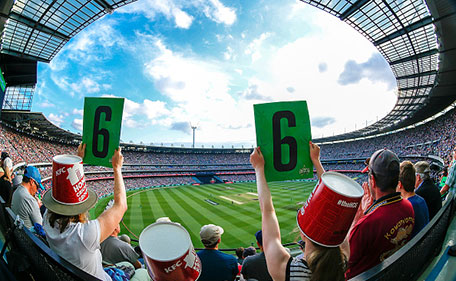 Fans cheer during the Big Bash League match between the Melbourne Stars and the Melbourne Renegades at Melbourne Cricket Ground on January 2, 2016 in Melbourne, Australia. (Cricket Australia/Getty Images)