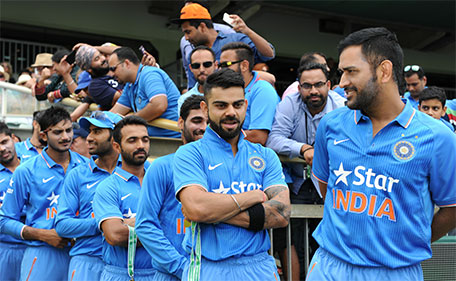 Players prepare to walk onto the field prior to the start of the one-day international cricket match between India and Australia in Perth on January 12, 2016.  (AFP)