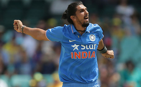 SYDNEY, AUSTRALIA - JANUARY 23: Ishant Sharma of India celebrates taking the wicket of Aaron Finch of Australia during game five of the Commonwealth Bank One Day Series match between Australia and India at Sydney Cricket Ground on January 23, 2016 in Sydney, Australia. (Photo by Mark Metcalfe/Getty Images)