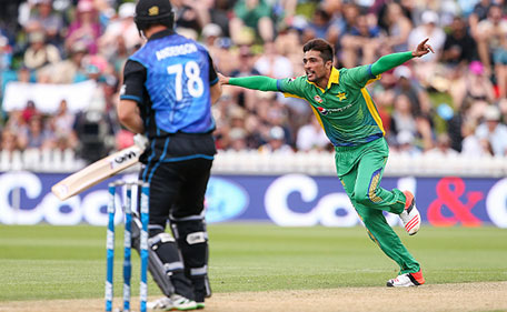 Mohammad Amir of Pakistan celebrates after taking the wicket of Corey Anderson of New Zealand during the One Day International match between New Zealand and Pakistan at Basin Reserve on January 25, 2016 in Wellington, New Zealand. (Getty Images)