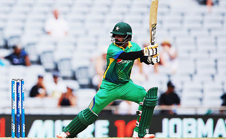 Mohammad Hafeez of Pakistan plays the ball away for four runsl during the One Day International match between New Zealand and Pakistan at Eden Park on January 31, 2016 in Auckland, New Zealand. (Getty Images)