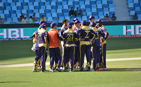Quetta Gladiators in a huddle during their PSL match against Karachi Kings in Dubai on February 6 2015. (PSL)