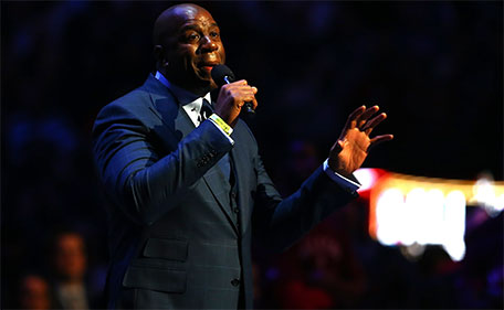 Earving Magic Johnson speaks about Kobe Bryant #24 of the Los Angeles Lakers and the Western Conference before the NBA All-Star Game 2016 at the Air Canada Centre on February 14, 2016 in Toronto, Ontario. (AFP)