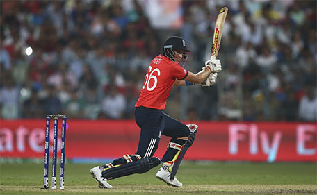 Joe Root of England bats during the ICC World Twenty20 India 2016 Final match between England and West Indies at Eden Gardens on April 3, 2016 in Kolkata, India. (Getty Images)