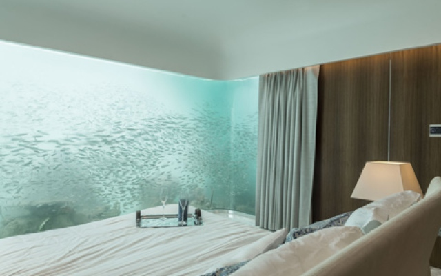 Live under water in Dubai: Rent a home @ Dh25,000 per day