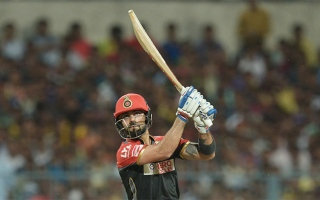 Photo: 'Superman' Kohli smashes Gayle's IPL runs record