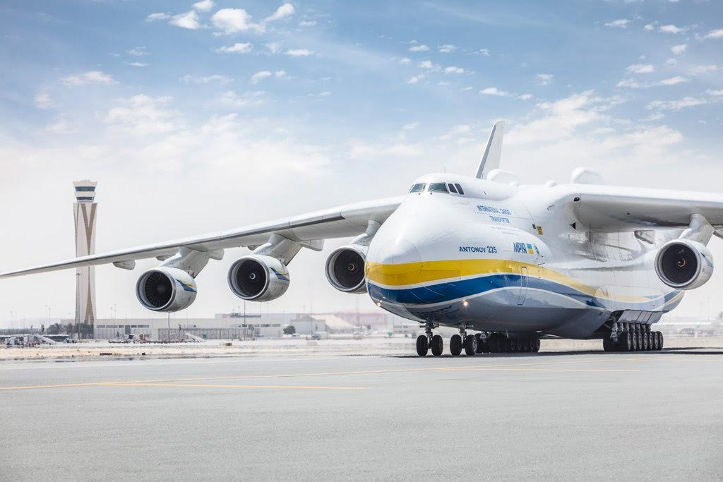 World's largest plane lands at world's biggest airport in ...