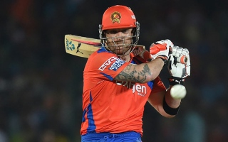 Photo: IPL GL vs MI: Gujarat Lions dash Mumbai Indians' hopes
