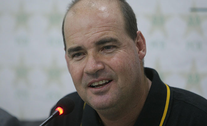 Newly appointed coach Mickey Arthur for Pakistani cricket team, talks to reporters in Lahore, Pakistan, Thursday, June 9, 2016. (AFP)