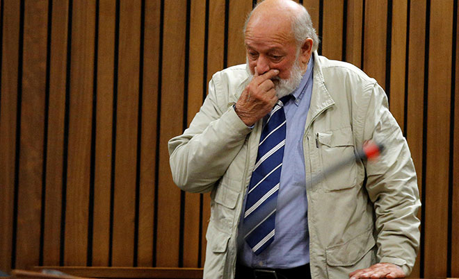 Barry Steenkamp testifies at former Paralympian Oscar Pistorius' sentencing for the murder of Reeva Steenkamp at the Pretoria High Court, South Africa June 14, 2016. (Reuters)
