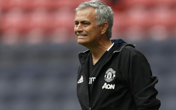 Photo: Solsjkaer not fearing for his job as Mourinho returns to Man Utd