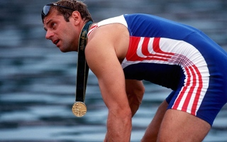 Photo: Steve Redgrave: The awesome oarsman