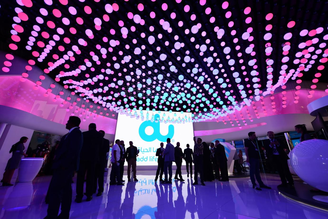 du boosts customers' 5G futures with UAE's first 5G router supporting 50GB data SIM