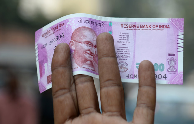 India to use indelible ink to stop repeat cash exchanges