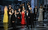 Photo: Oscars 2017: 'Moonlight' wins best picture as Oscars ends in chaos