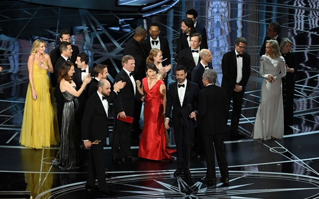 Oscars 2017: 'Moonlight' wins best picture as Oscars ends in chaos