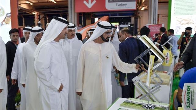 Mohammed bin Rashid tours Gulfood 2017