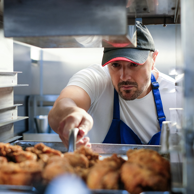 Kfc Open Kitchen: KFC Give Fans Free Food And Kitchen Tour In May - Emirates24