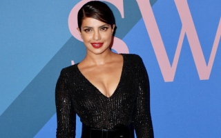 Photo: Priyanka Chopra: Learning piano helps 'relieve my anxiety'