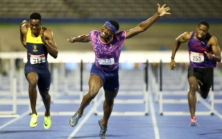 Photo: Olympic champion McLeod sets sizzling 110m hurdles pace