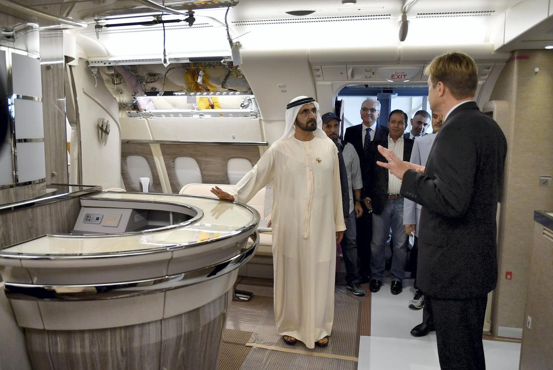 sheikh mohammed tours airbus plant in hamburg emirates 24 7. Black Bedroom Furniture Sets. Home Design Ideas